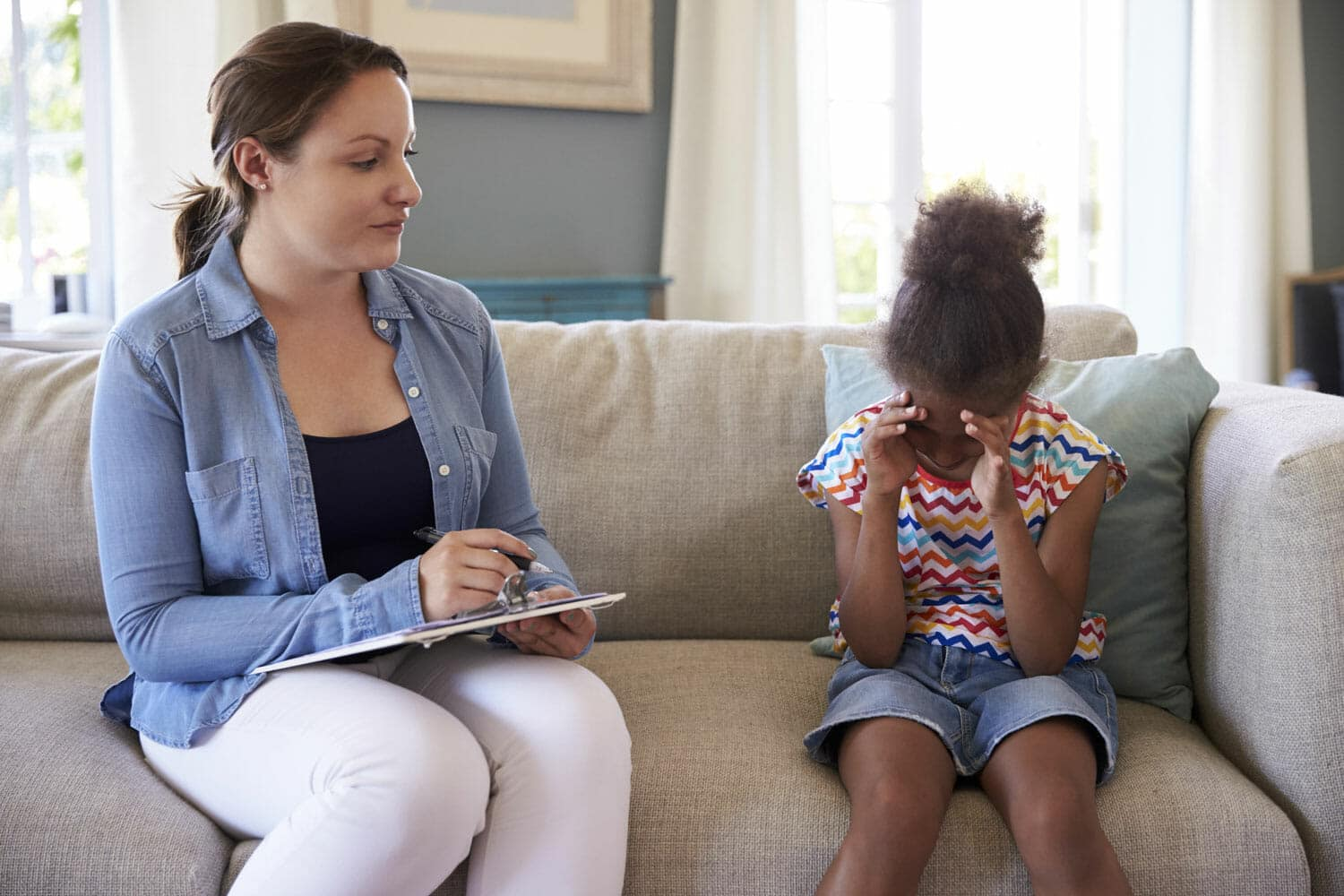 signs your kids need counseling after divorce