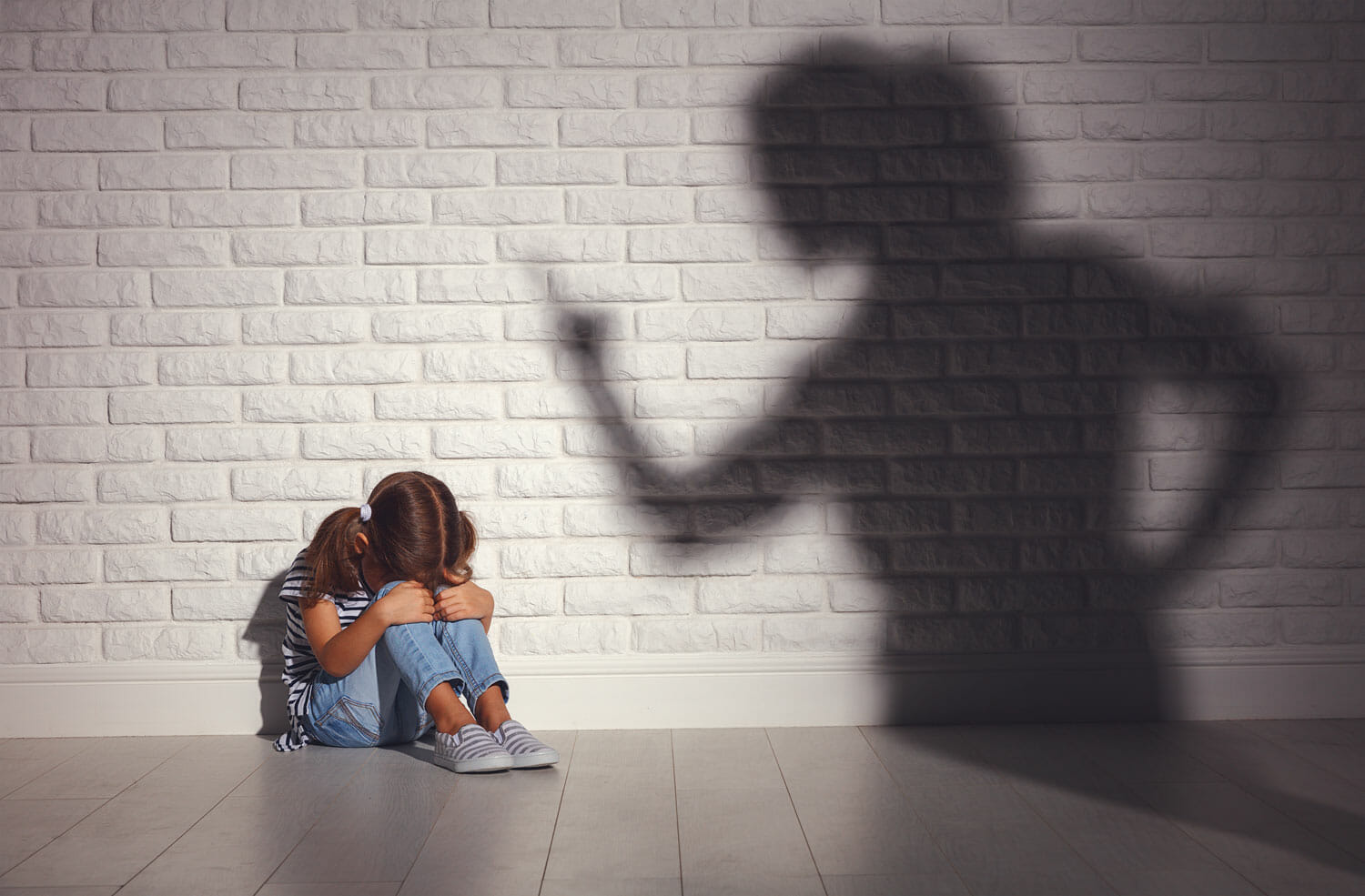 leaving an abusive household with kids